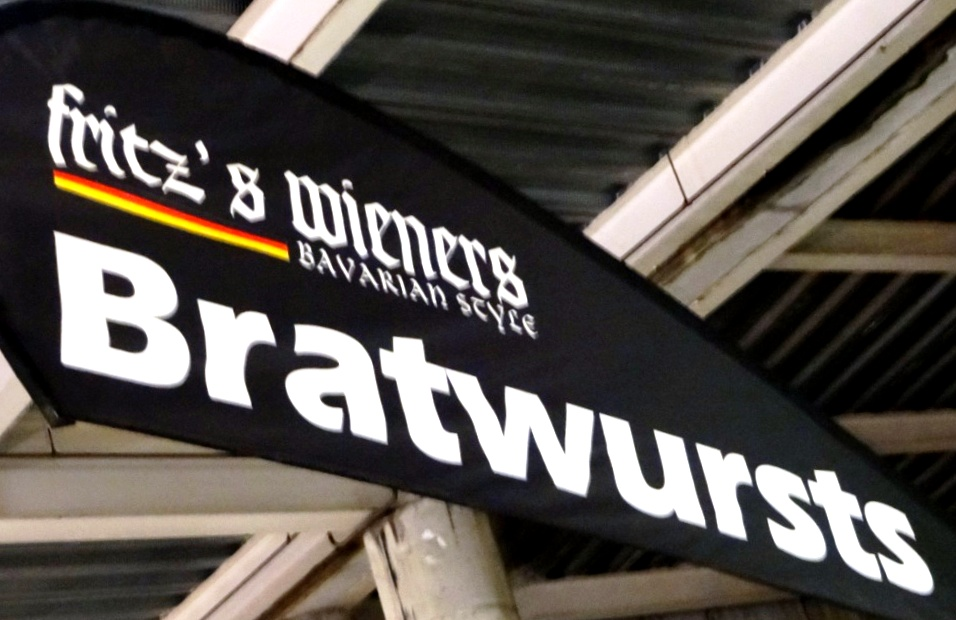 Deutsches Essen in Auckland: Bratwurststand