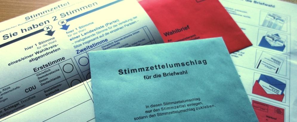 Das Super Wahlwochenende: die deutschen Briefwahlunterlagen