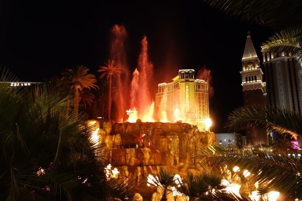 Las Vegas - Vulkanausbruch von dem Mirage