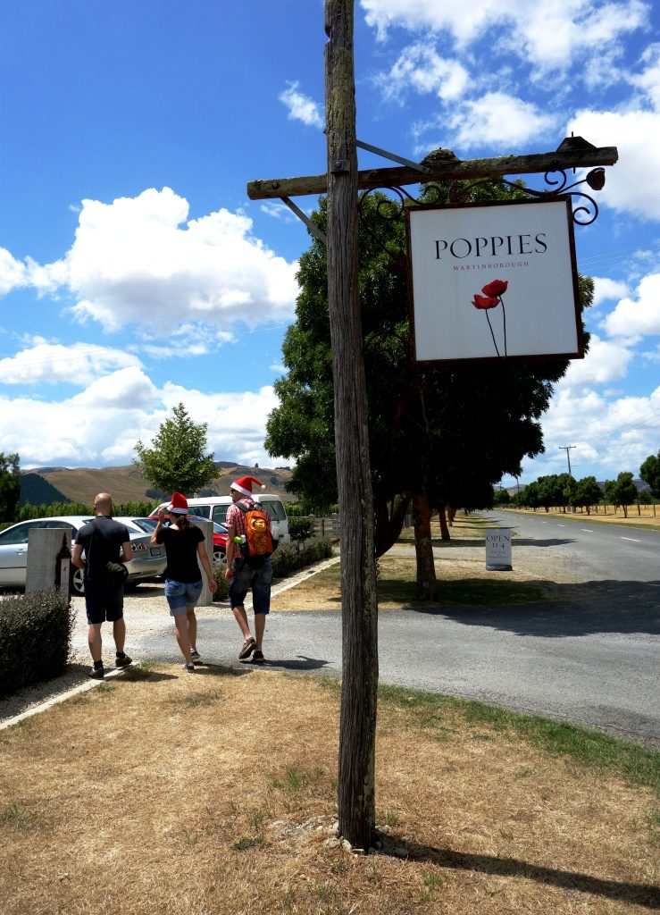 Martinborough - Der Weinort im Herzen des Wairarapa: Poppies Vineyard