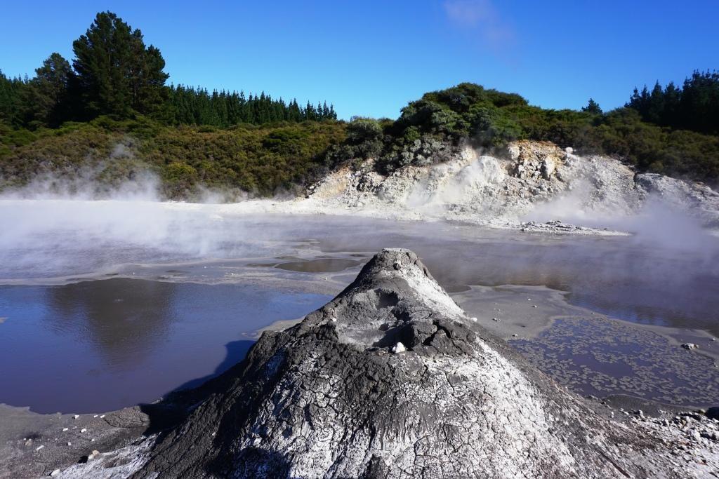 Hell's Gate Geothermal Walk