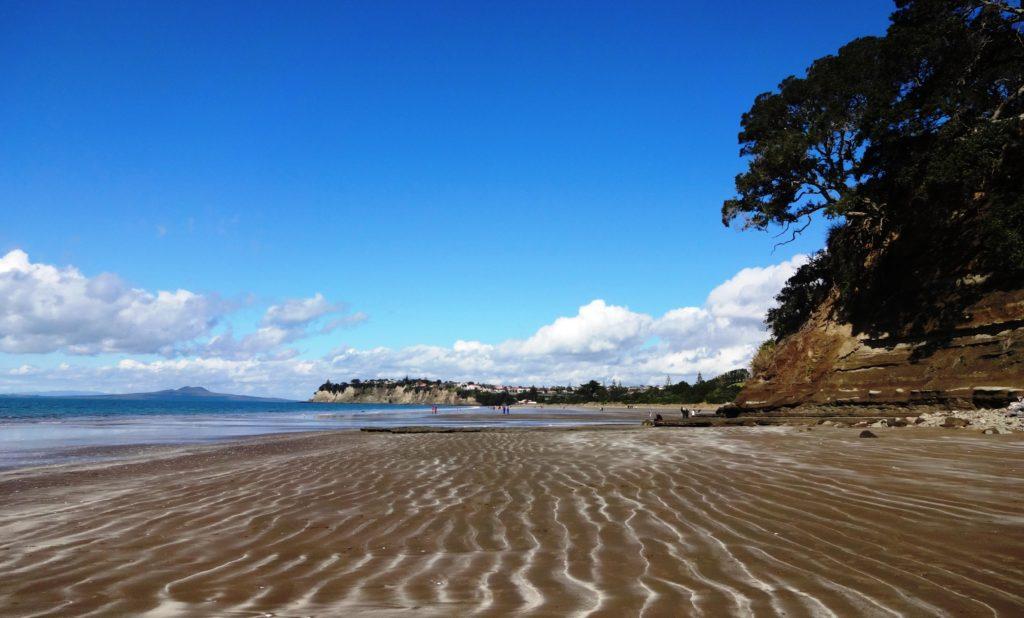 Der lange Strand von Long Bay