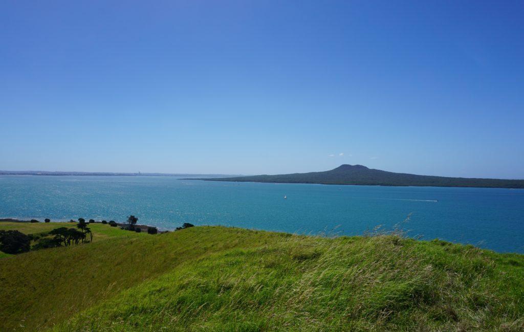 Rangitoto von Browns Island aus