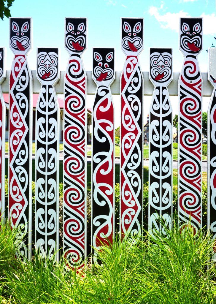 Matariki: Maori-Schnitzkunst