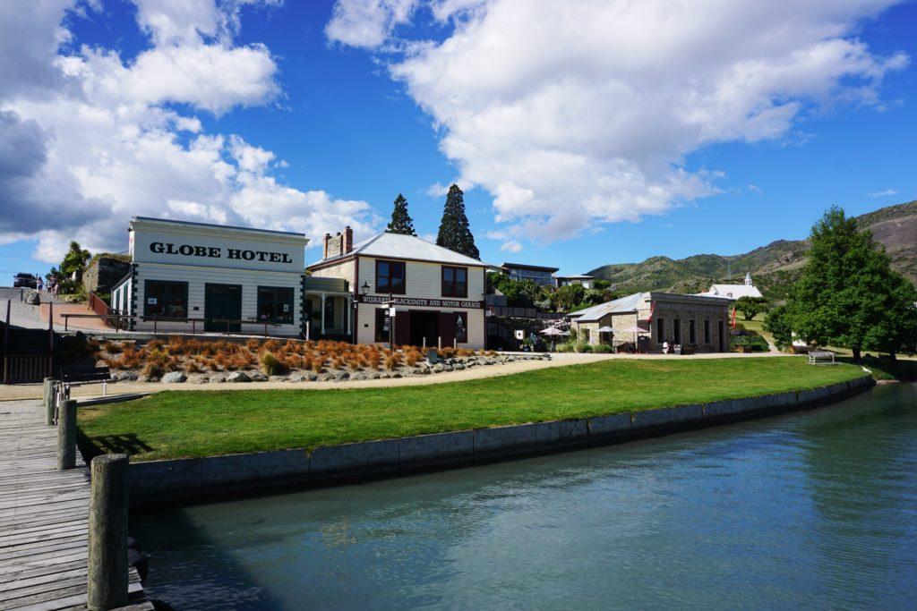 Cromwell Historic Precinct am Ufer des Kawarau Rivers