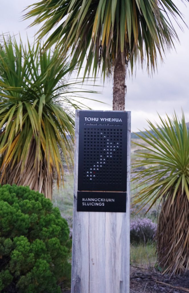Schild der Bannockburn Sluicings mit Landkarte